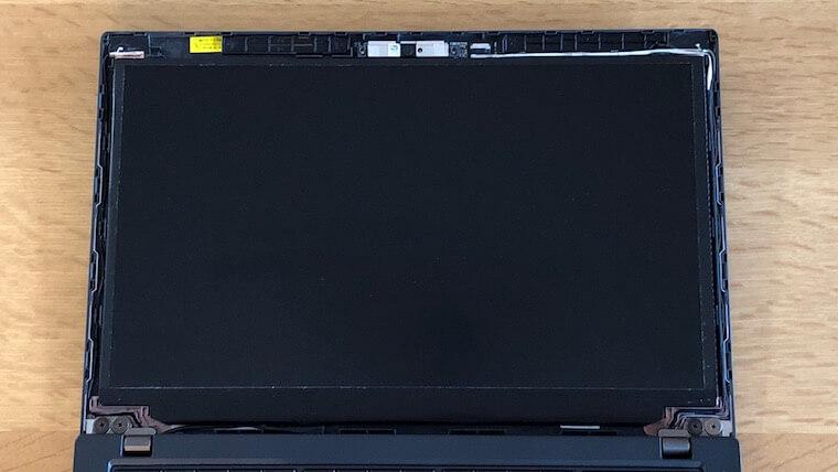 ThinkPad X250:液晶交換(ベゼル取り外し後)