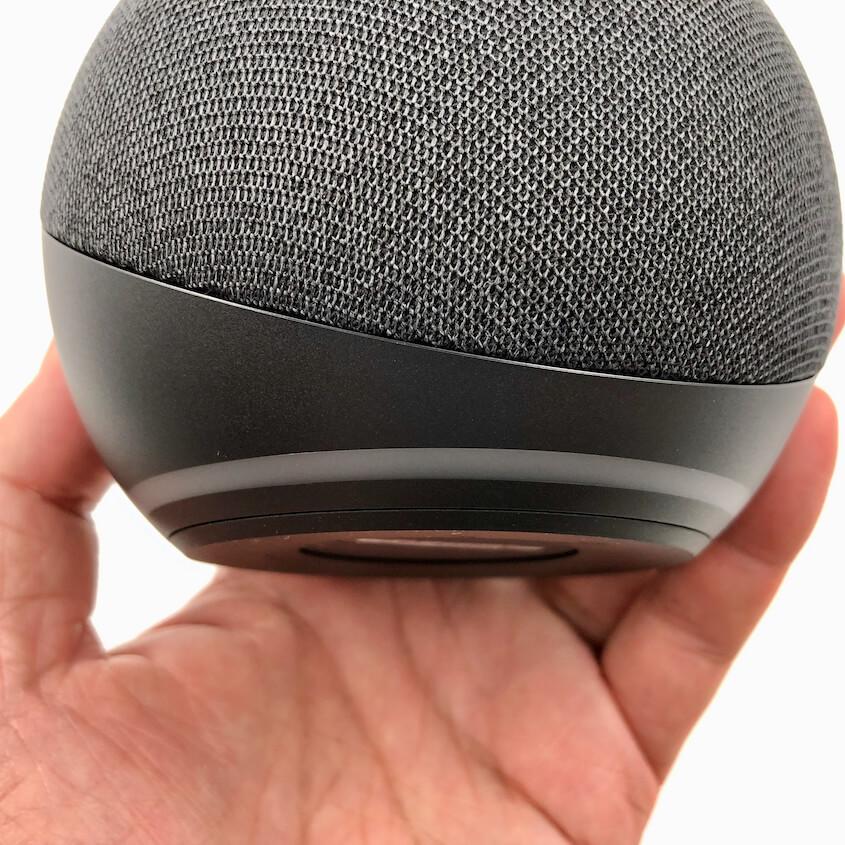 Echo Dot(第4世代):ライトリングは底面側に移動